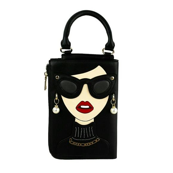Ngil Handbags - Hollywood Glam Girl Black Clutch Crossbody